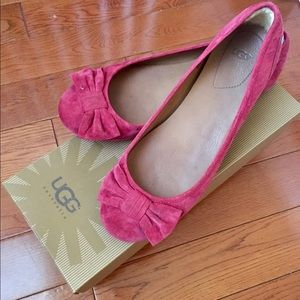 UGG flats with a bow